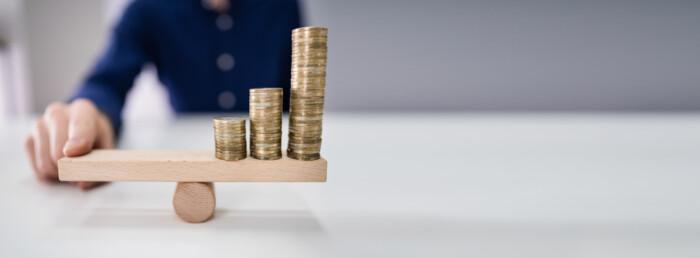 inflatie mentinuta echilibru bani