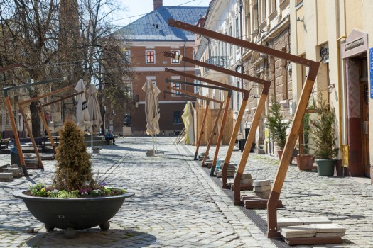Cluj-napoca,,Romania,-,April,7,,2020,:,Empty,Tables,,Closed