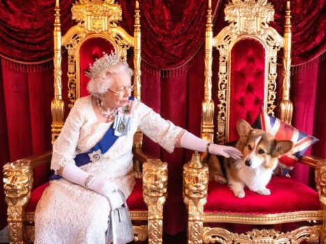 Caravan kitted out to look like Buckingham Palace