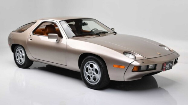 1979-porsche-928-used-during-filming-of-risky-business--photo-credit-barrett-jackson_100800117