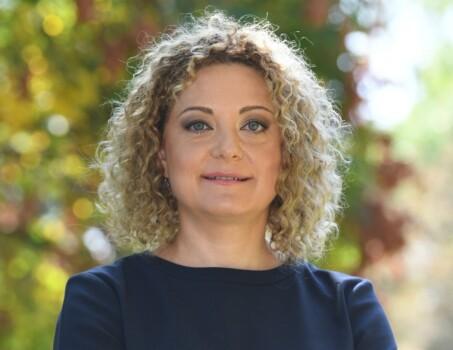 Ileana Dumitru, Director juridic si relatii publice BAT Romania_