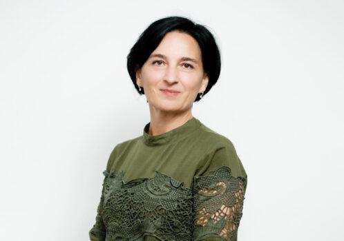 BV Farmec - Claudia Pălăcian