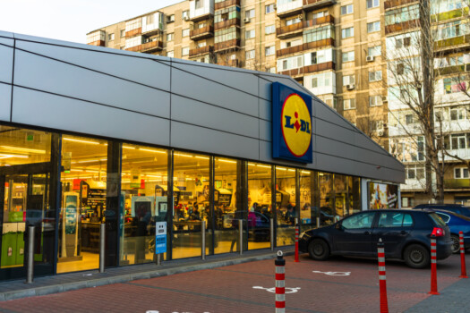Lidl,Supermarket,And,Logo.,Lidl,Is,A,German,Global,Discount